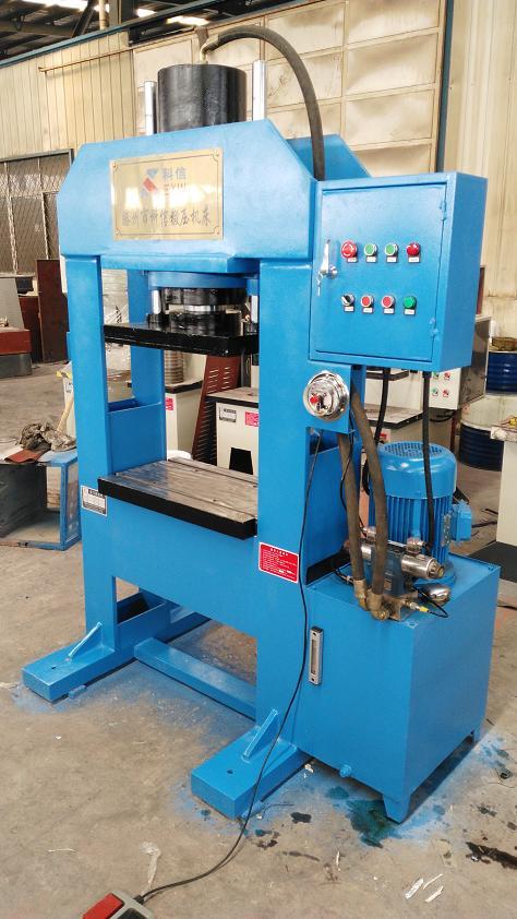 YL22-100吨半自动龙门液压机